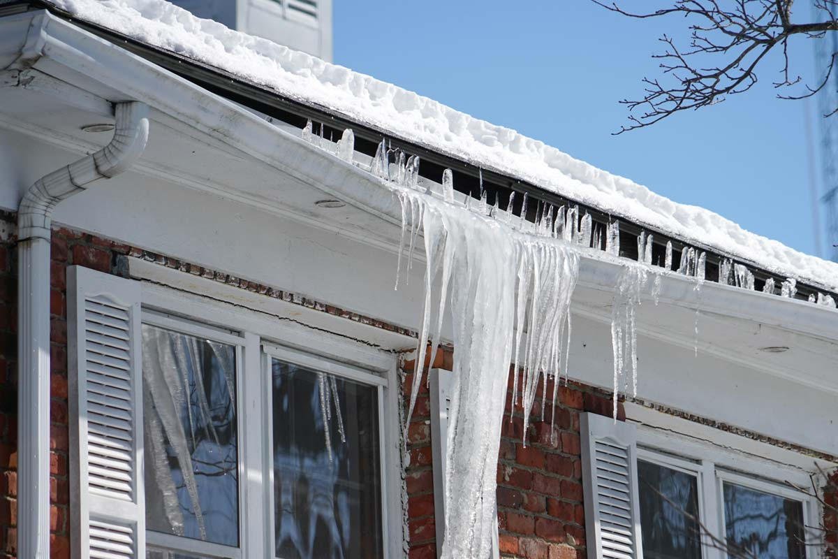 Gutter Replacement During Snow
